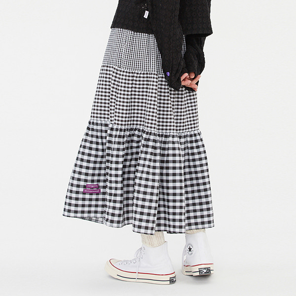 GINGHAMCHECK LONG FLARE SKIRT_BLACK